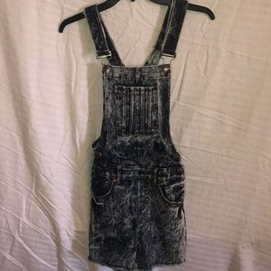 Rico Jeans Stonewashed Overalls - Junior Girl's S